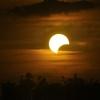 Mais uma trilogia de eclipses